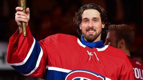 Keith Kinkaid of the Canadiens takes part in