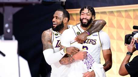 LeBron James and Anthony Davis of the Los