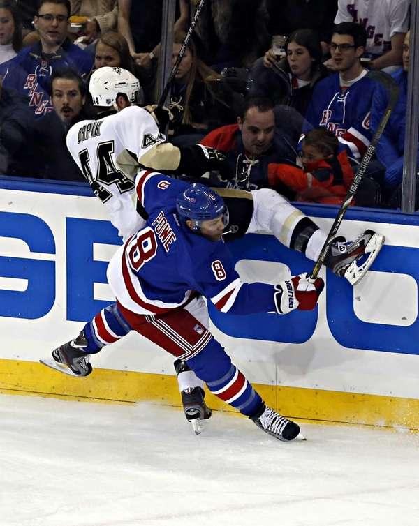 Rangers defenseman Michael Del Zotto puts Pittsburgh Penguins