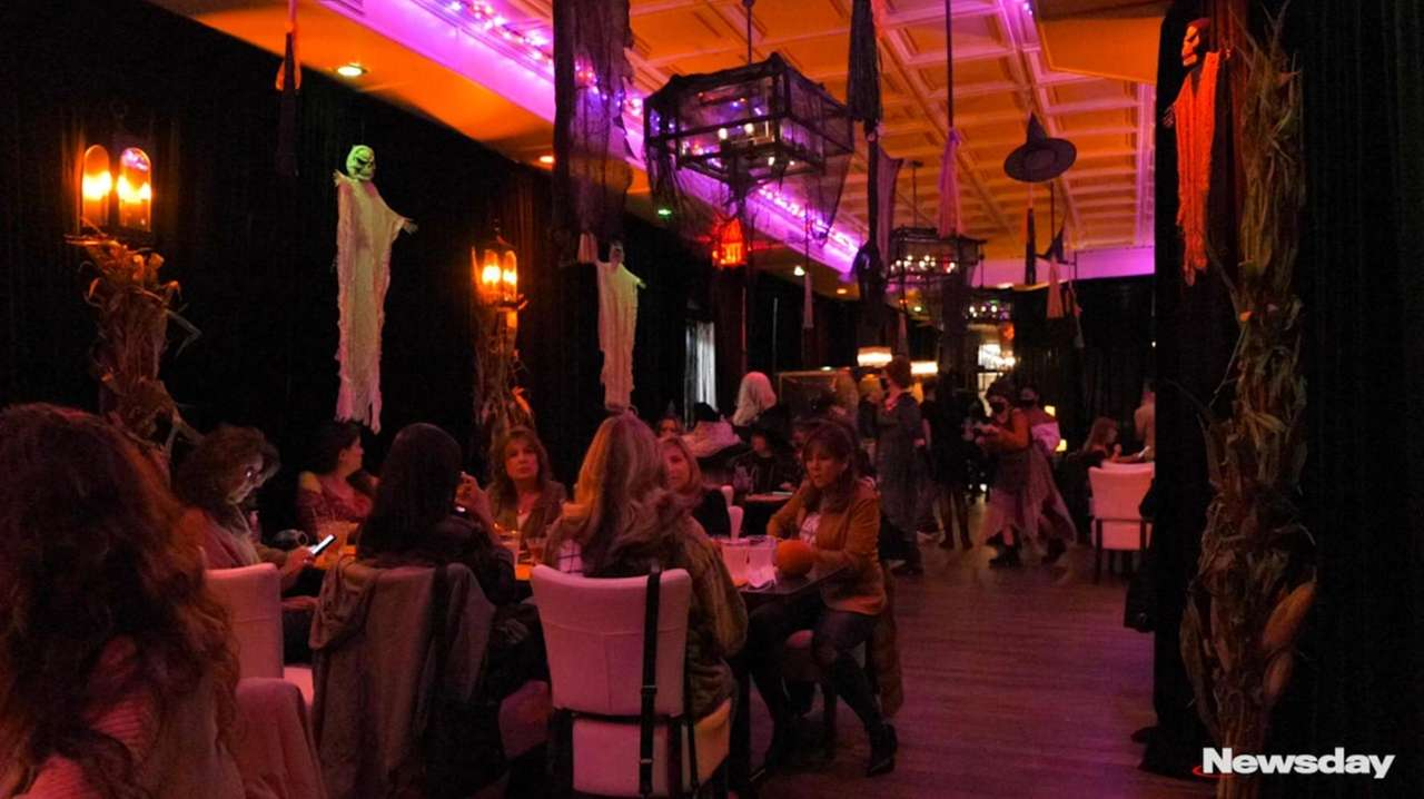 """A pop-up experience based on the movie """"Hocus"""