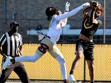 St. Anthony's WR Kenyan Miles holds on to