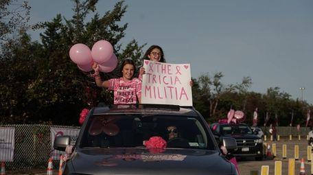 Abigail Stapleton, 12, left, and Keira Stapleton, 12,