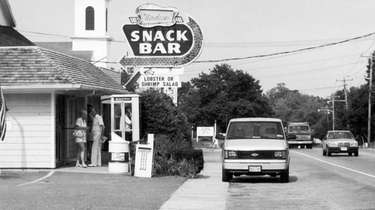 The Modern Snack Bar on Route 25 in
