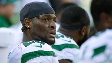 Running back Le'Veon Bell on the Jets' sideline