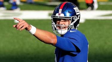 Daniel Jones of the Giants reacts during the