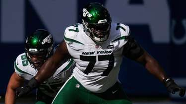 Jets tackle Mekhi Becton  morning steps out