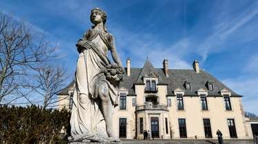 Neighbors of Oheka Castle were critical of plans