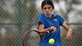 Anjali Edmonds of Kellenberg Memorial High School keeps