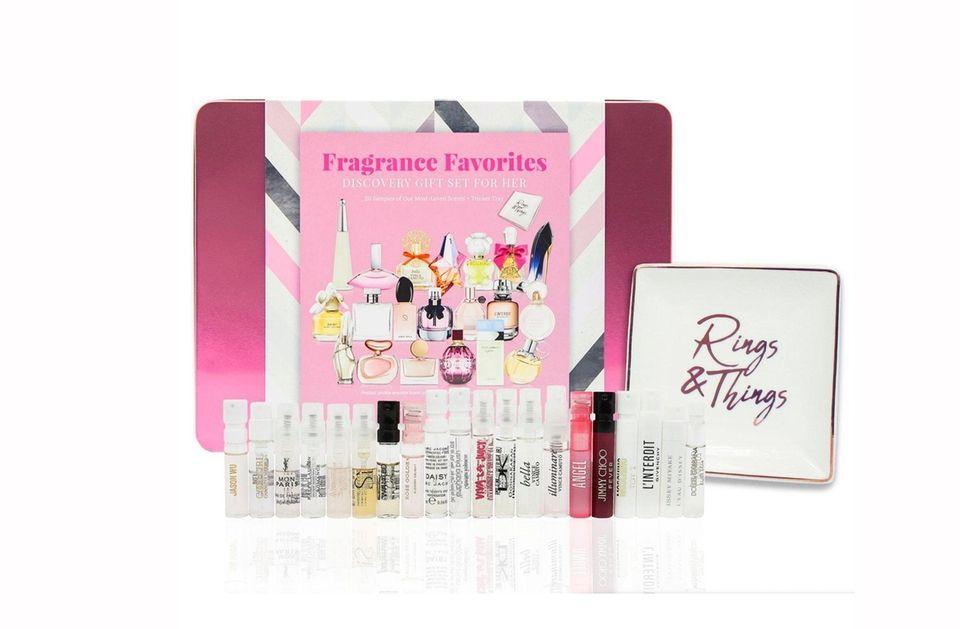 Scent-sational sample kit of 19 top fragrances comes