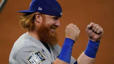 Dodgers third baseman Justin Turner celebrates their win
