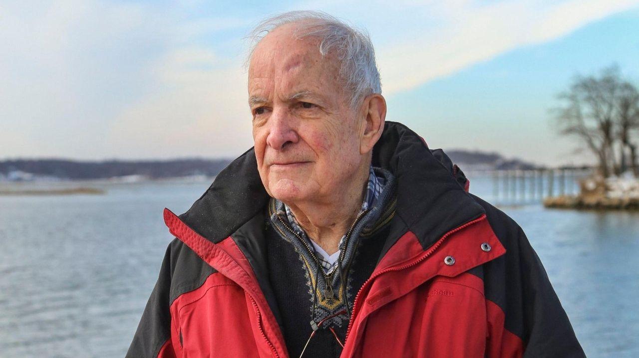 Larry Swanson, Stony Brook University oceanographer, dies at 82