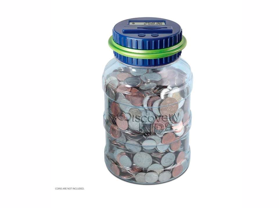 Clever automatic coin-counting money jar acts as an
