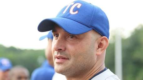 Craig Carton during player introductions as the WFAN