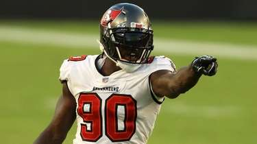 Jason Pierre-Paul of the Buccaneers against the Green