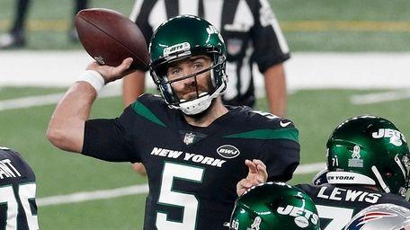 Joe Flacco #5 of the New York Jets