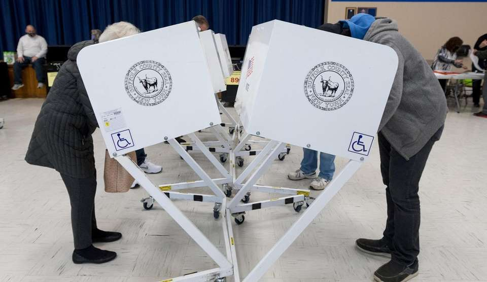 Constituents vote at Indian Hollow Primary School in