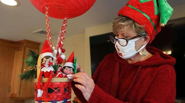 Elf On The Shelf Has To Quarantine Too Parents Get Creative With Pandemic Elf Accessories Newsday