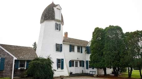 The windmill house at 15 Sunswyck Lane in