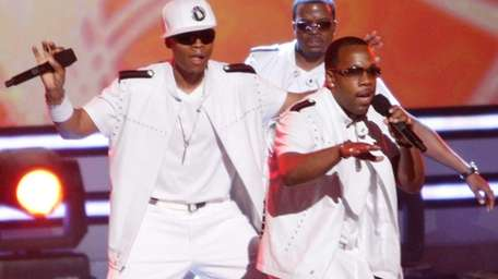 From left, Ronnie DeVoe, Ricky Bell and Michael