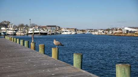 A dock at the end of Wellwood Avenue
