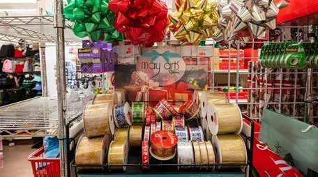 Bows and other holiday items from Sag Harbor