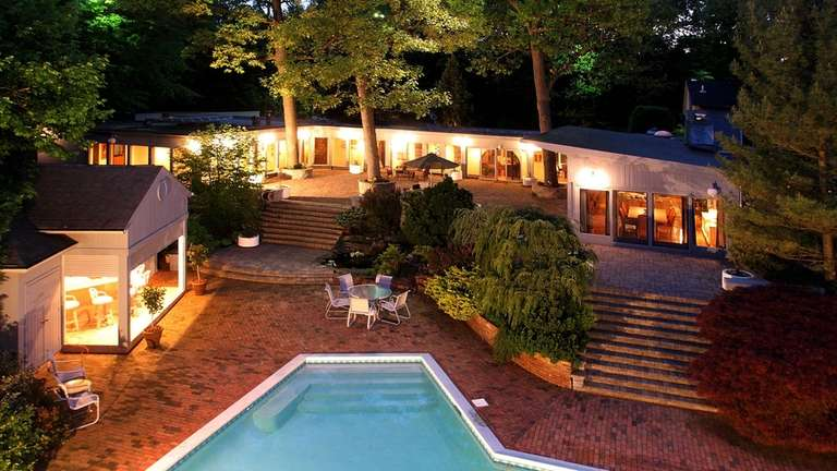 An 2.5-acre Oyster Bay Cove property, listed for