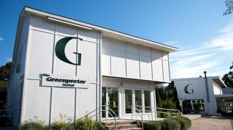 The Greenporter Hotel in Greenport is located at