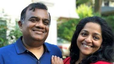 Dr. Shibu Thomas, with his wife, Rachel Thomas,
