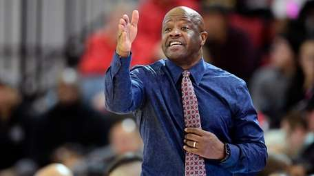 Head coach Mike Anderson of the St. John's