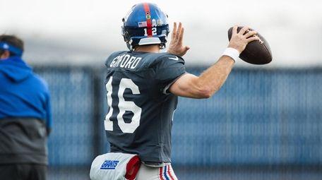 Giants quarterback Colt McCoy wearing a Frank Gifford
