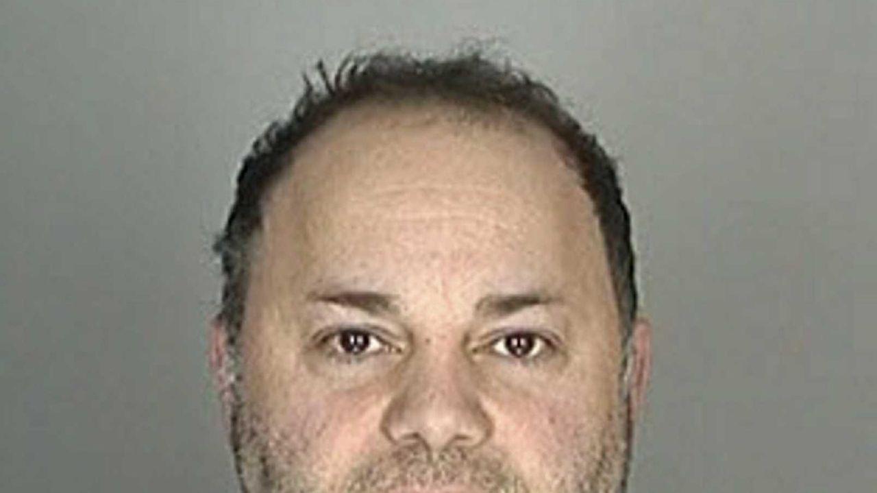 Adam Russo da: man posed as psychologist, sold pot, too | newsday