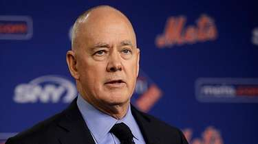 Sandy Alderson speaks at a news conference on