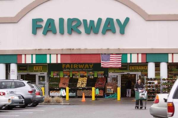 There are two Fairway Market locations on Long