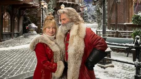 "Goldie Hawn and Kurt Russell in ""The Christmas"