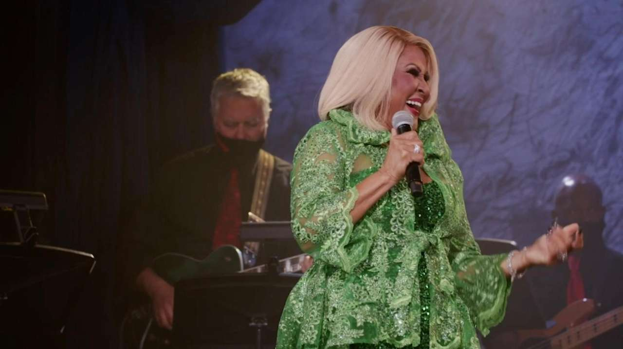 Darlene Love will perform a virtual live concert