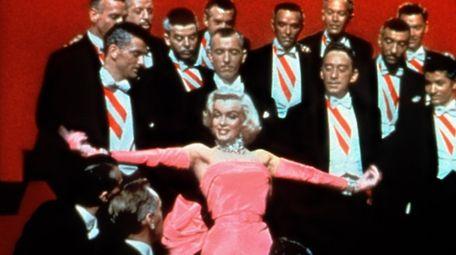 Marilyn Monroe performs