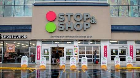 Stop & Shop plans to hire 5,000 more