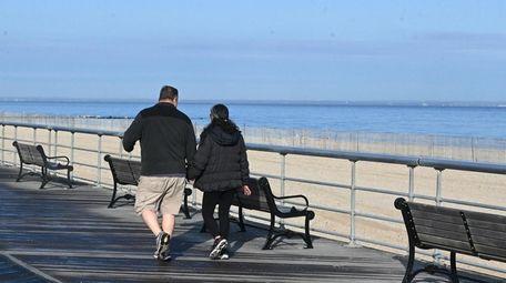The boardwalk at Sunken Meadow Beach in Kings