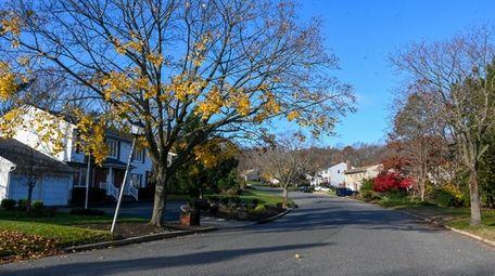 Homes along Twin Oaks Drive in Kings Park