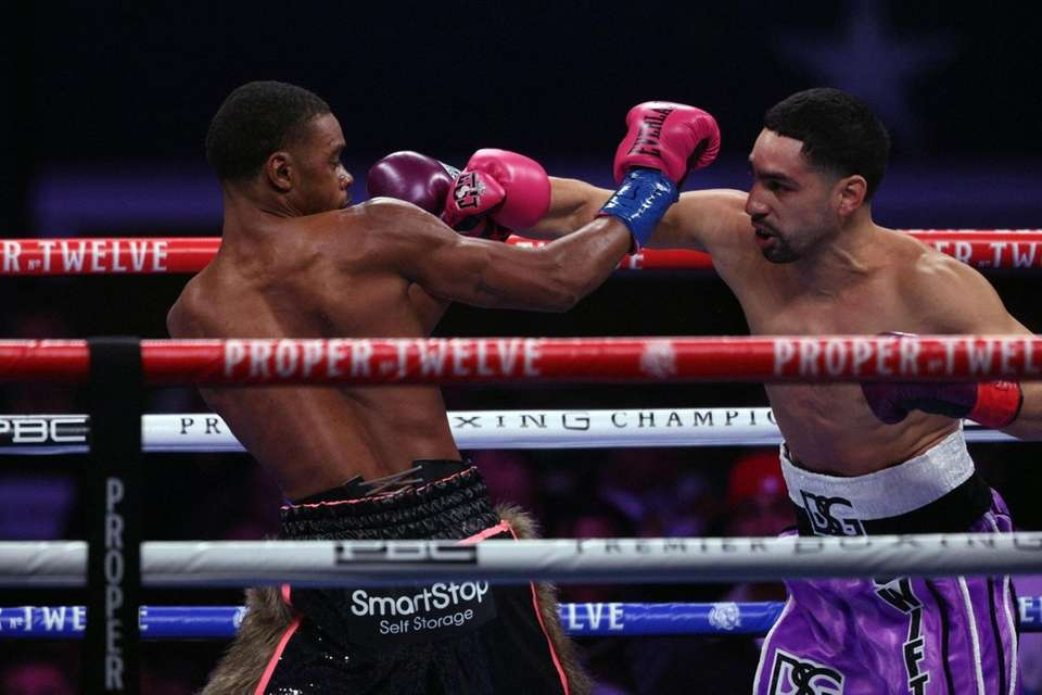 Errol Spence Jr. and Danny Garcia during their