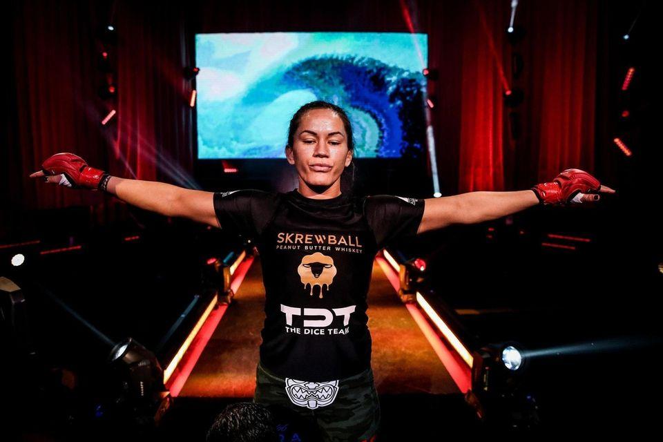 Ilima-Lei Macfarlane prepares to defend her women's flyweight