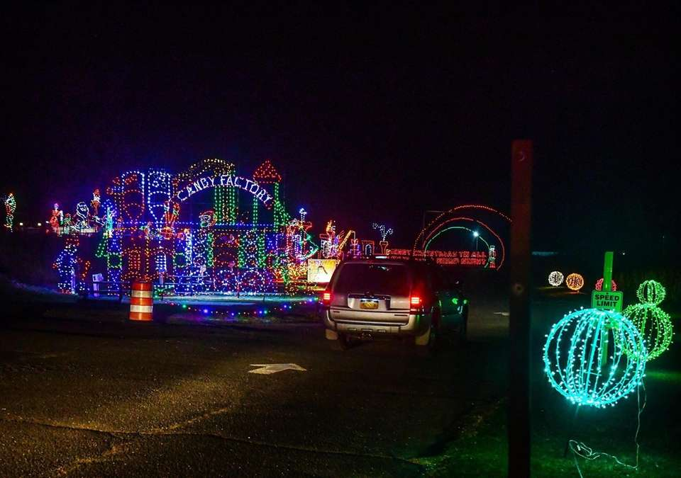 Photos of the light displays at the Smith