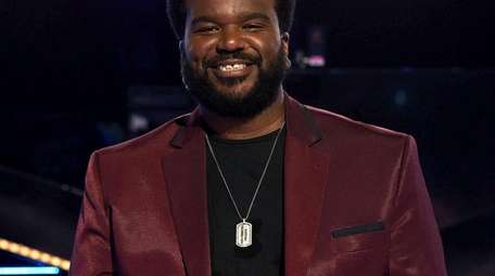 "Craig Robinson hosts the Fox spinoff ""The Masked"