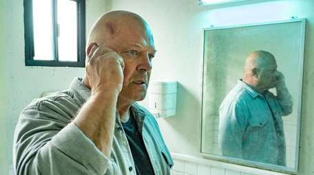 Michael Chiklis as Ben Clemens on CBS All