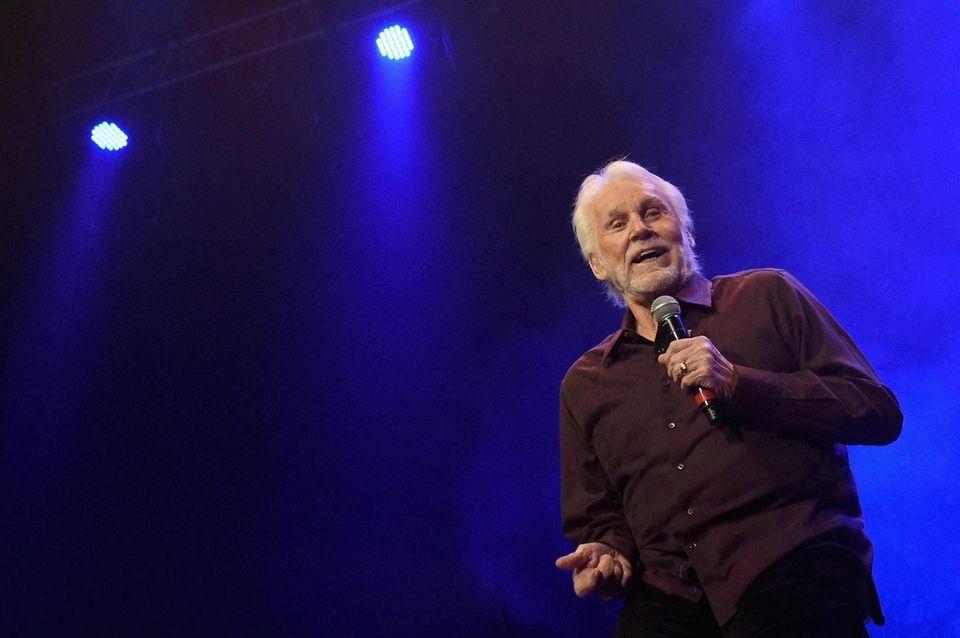 NASHVILLE, TN - FEBRUARY 08: Kenny Rogers performs