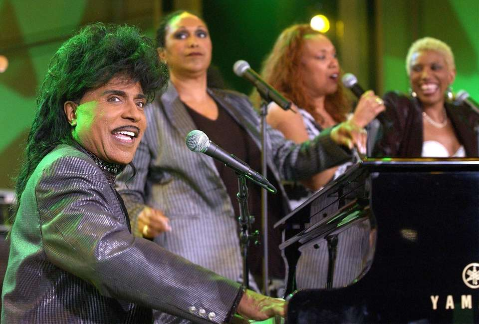 404248 42: Singer Little Richard (L) and the