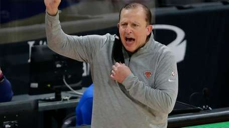 Knicks head coach Tom Thibodeau shouts to an