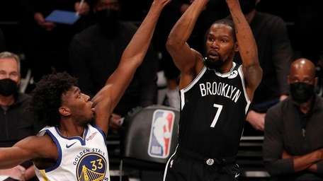 Kevin Durant of the Nets puts up a