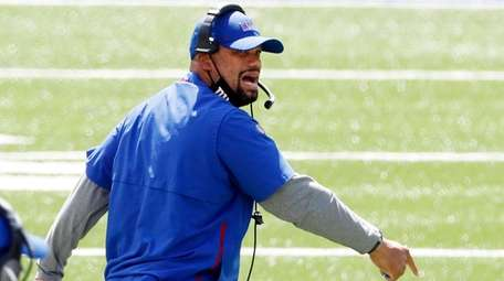 Giants special teams coordinator Thomas McGaughey shouts on