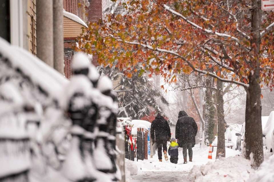 The snowy streets of Greenpont, Brookyln as the